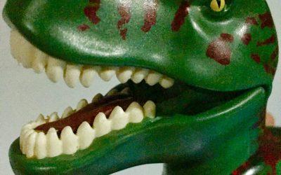 """Dino statt Nuckel- Schnullerfee auf """"Bestellung"""""""